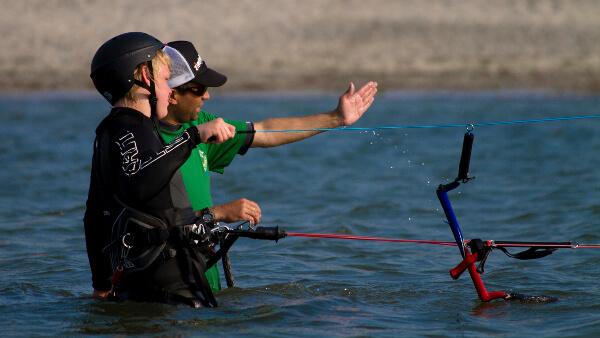 Lerne das Kiten sicher bei Surfers Paradise in Laboe - Kiel!